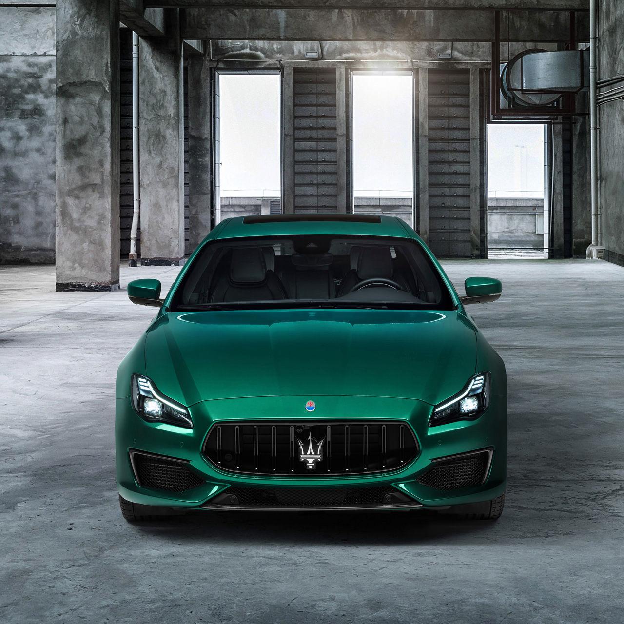 Maserati Quattroporte Trofeo - Grün - Frontansicht