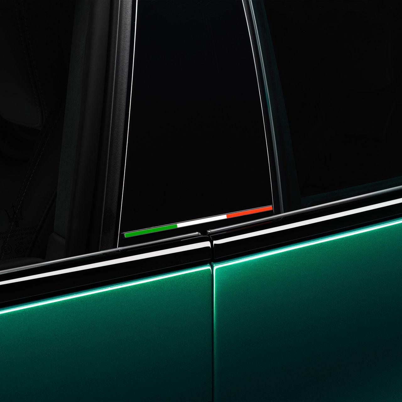 Maserati Quattroporte Trofeo - Grün - Tricolore Design