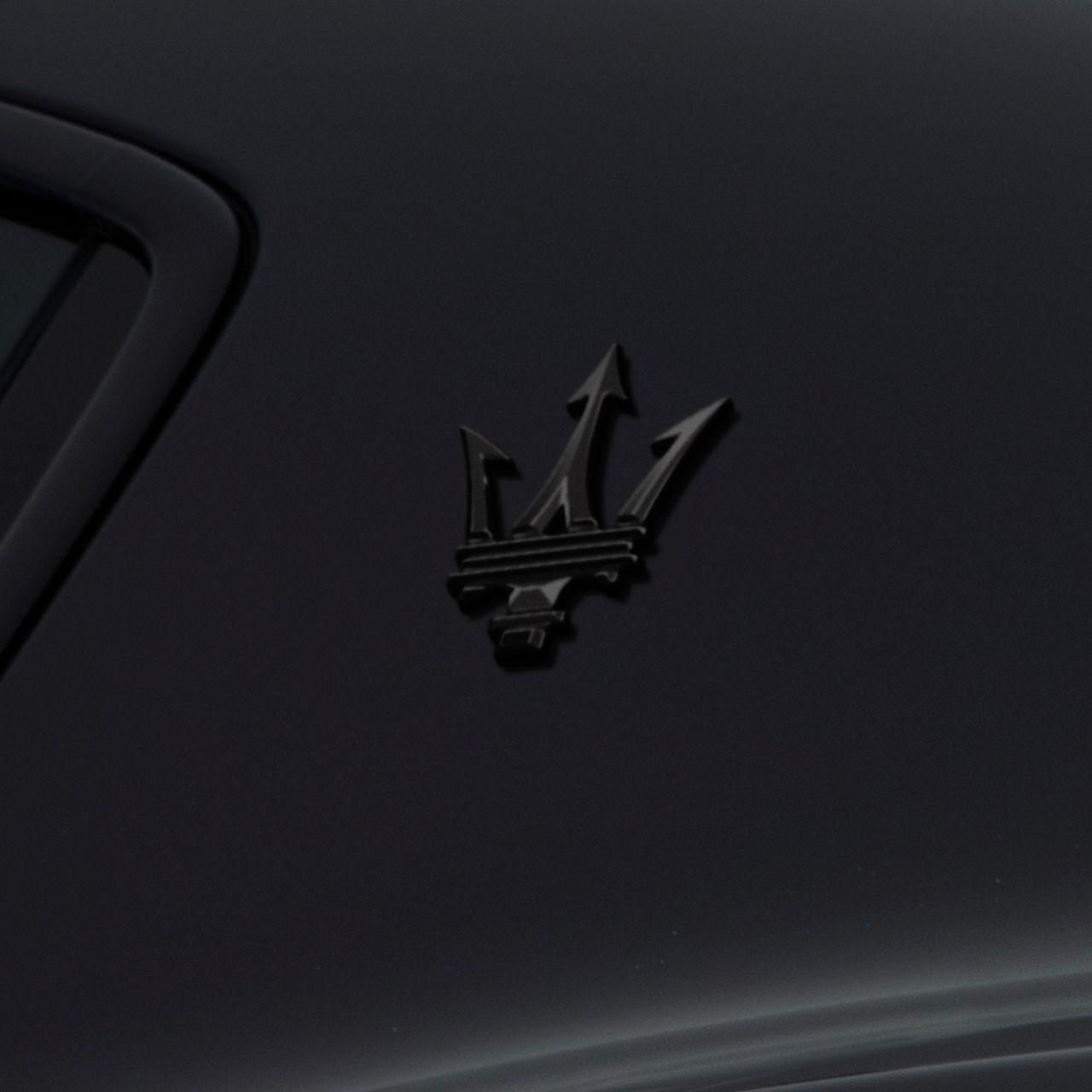 Maserati Ghibli - Maserati Logo