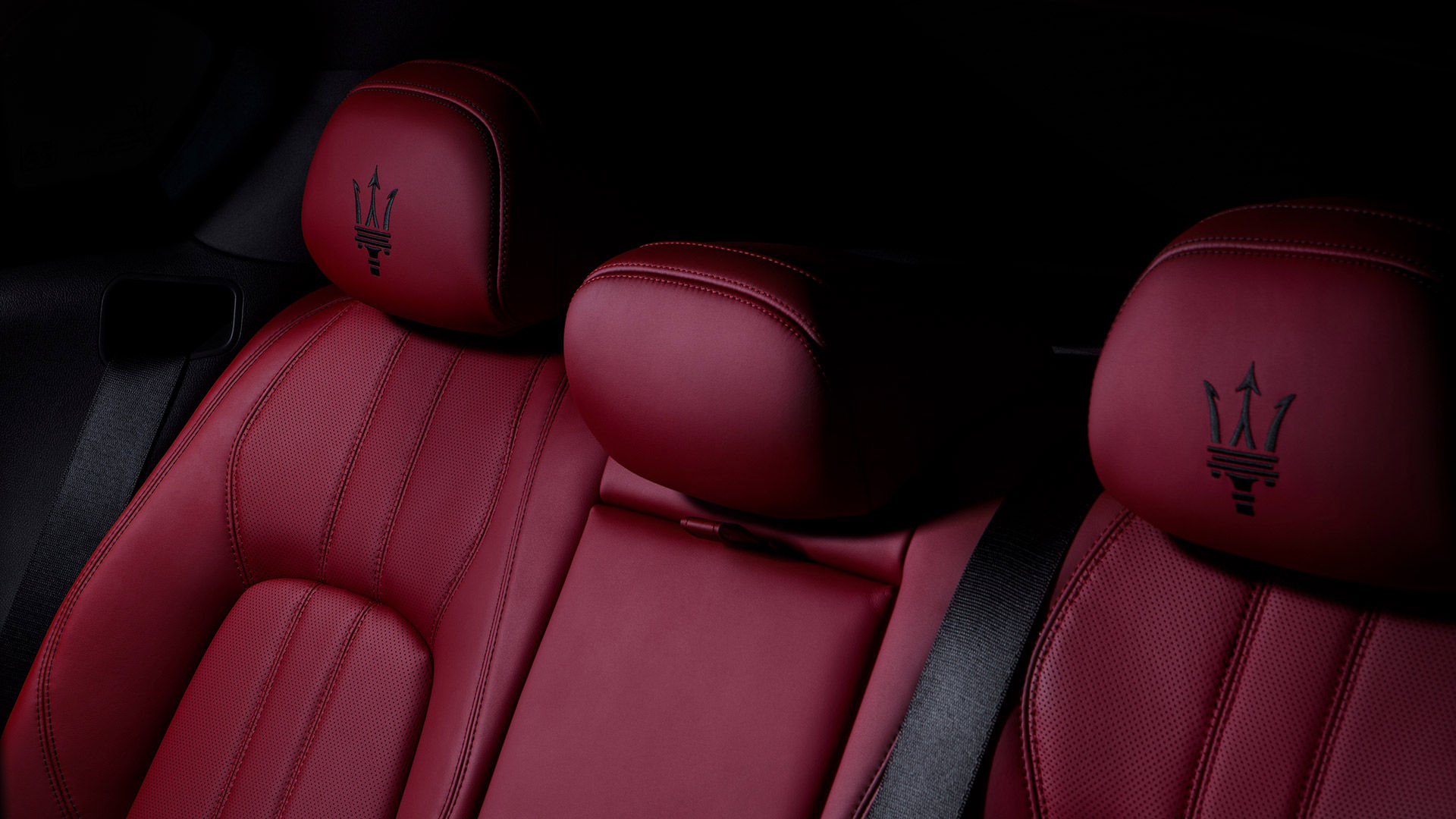 Maserati Levante - Rote Ledersitze - Rücksitzbank