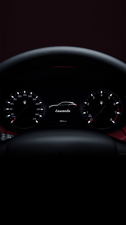 Maserati Levante - Tachometer