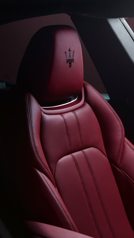 Maserati Levante - Interieur - Rote Ledersitze