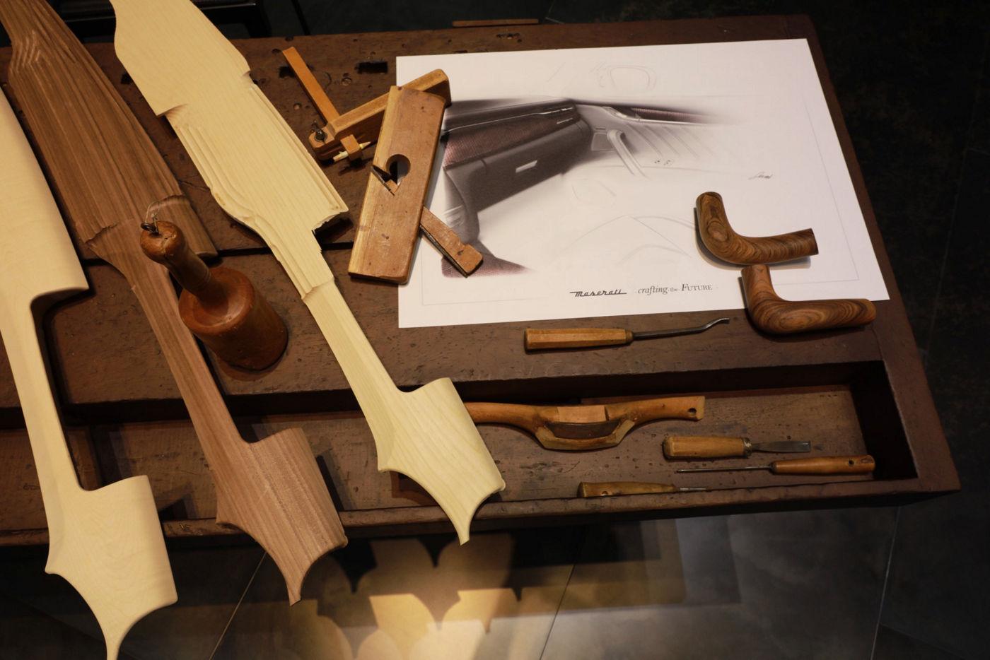 Maserati Crafting Italian Experiences: Holzverarbeitung im Atelier von Giorgetti