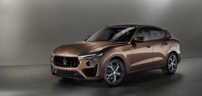 Maserati Levante auf der New York International Auto Show, Seitenansicht