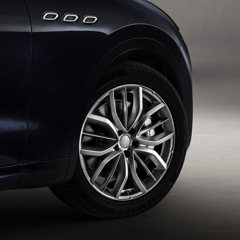 Neue Maserati Executive-Ausstattung für Levante:  Felgen und Räder