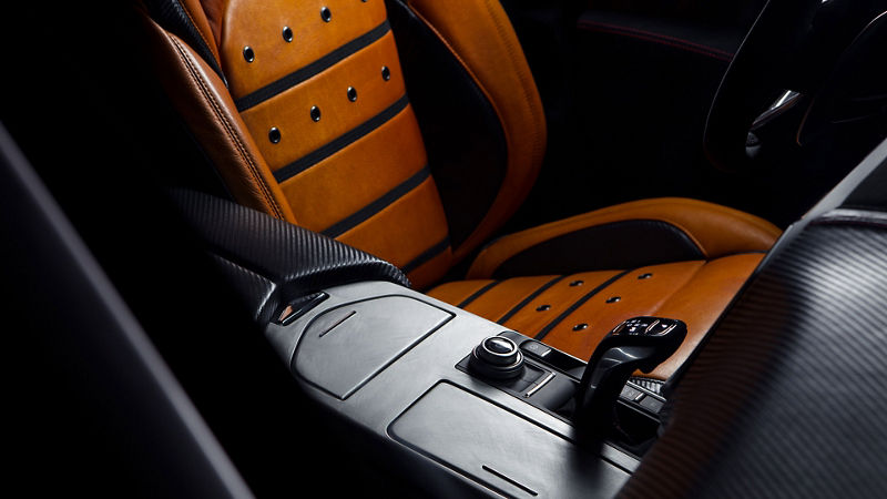 Maserati Fuoriserie Corse Levante: Schalthebel