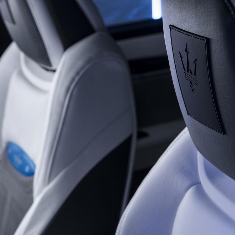 Maserati Fuoriserie Futura Levante: Interieur und Sitze