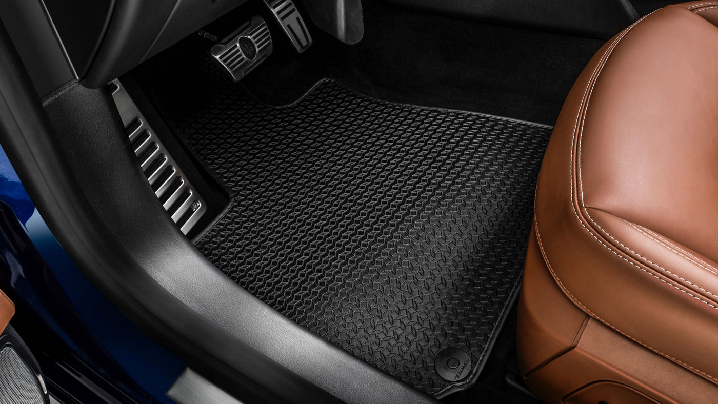 Maserati Ghibli accessories - Sport Pedal Covers and Floor Mat