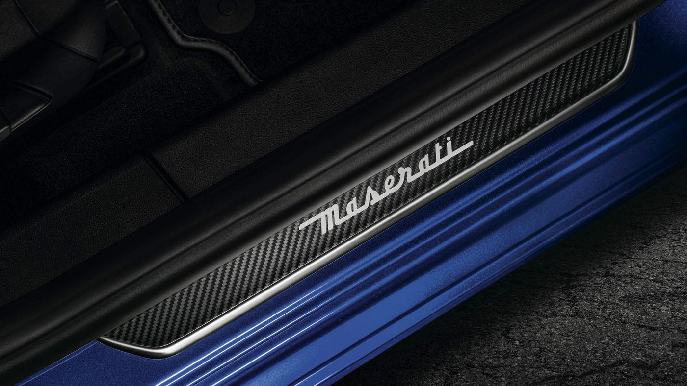 Maserati Ghibli Sport-Zubehör: Exterieur-Carbon-Paket, Einstiegsleiste