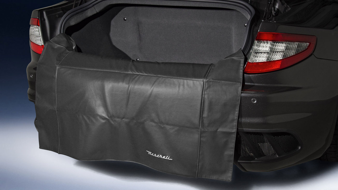 GranTurismo Accessories - Luggage compartment Loading edge Protective Mat