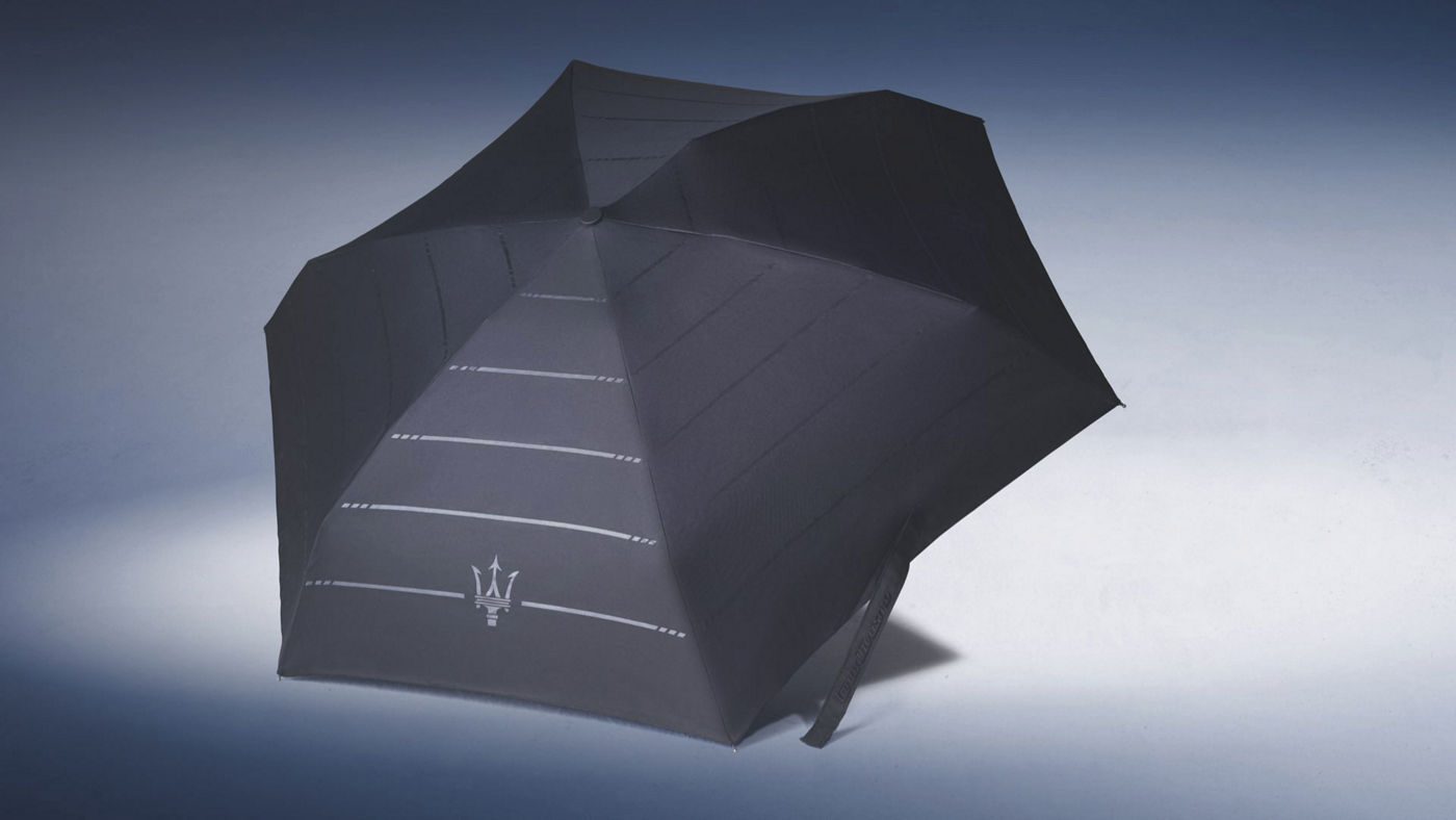 Maserati umbrella in black with grey stripes