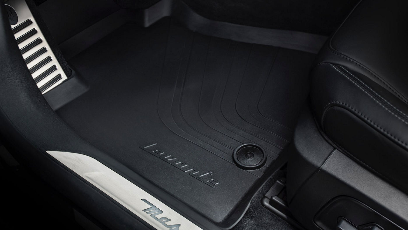 Maserati Levante accessories - Levante branded Floor Mats