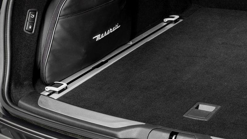 Maserati Levante accessories - luggage rails