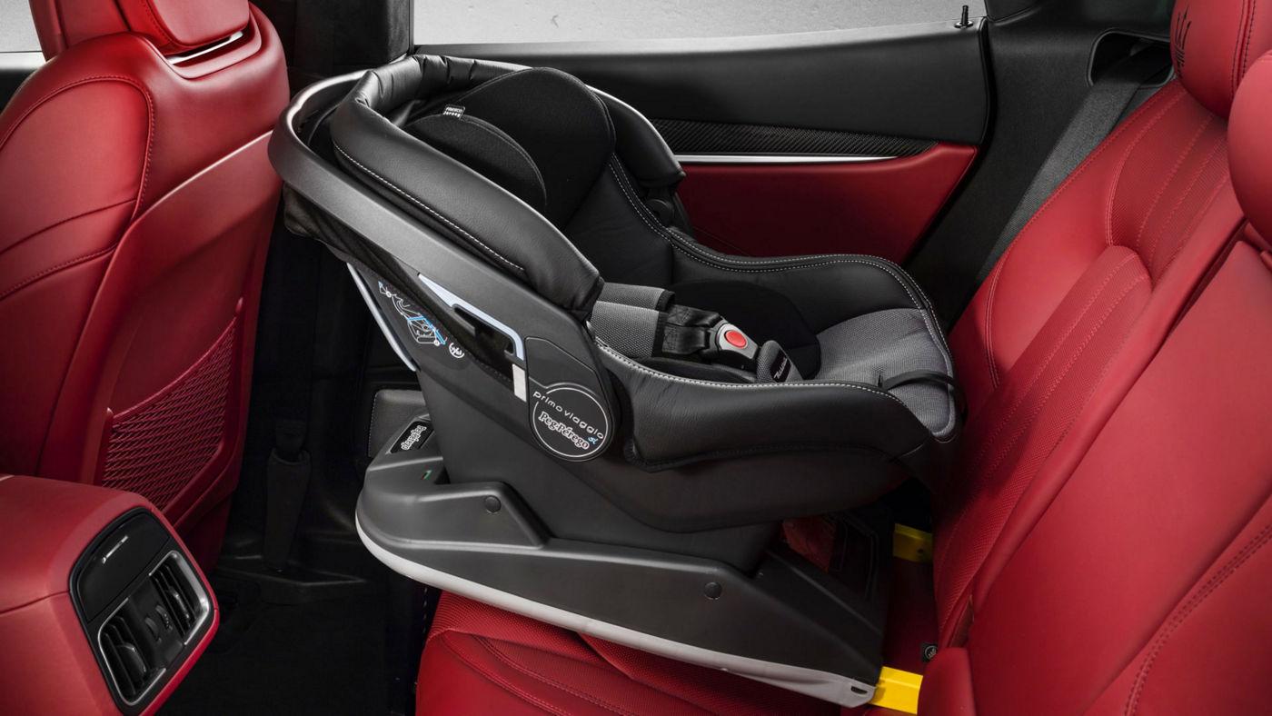 Maserati Levante accessories - Child Seat