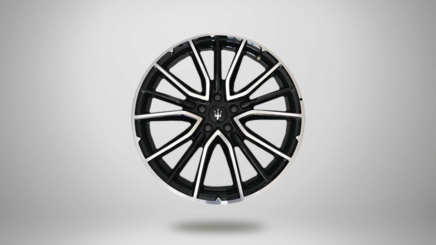 """Maserati Levante Originalreifen - Ares, Durchmesser: 20"""" Vorderreifen: 265/45 R20 Hinterreifen: 295/40 R20"""