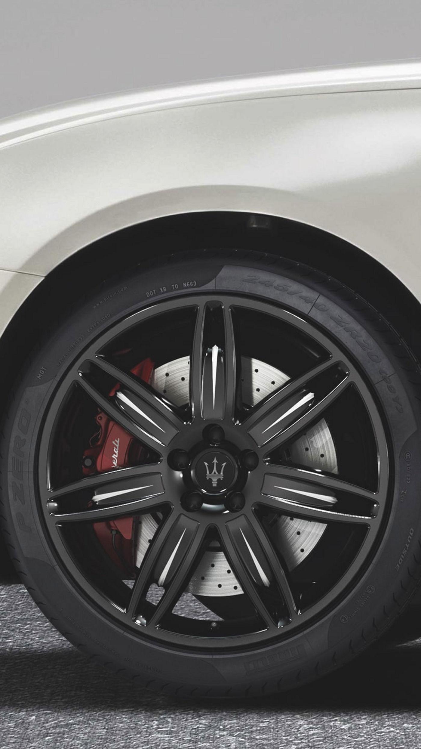 Maserati Quattroporte wheel accessories - rims and tyres