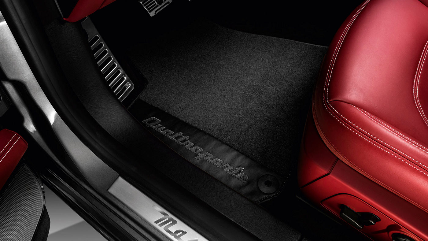 Quattroporte Accessories - Branded Floor Mats
