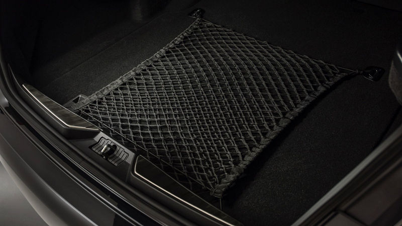 Maserati Quattroporte - accessories for luggage space