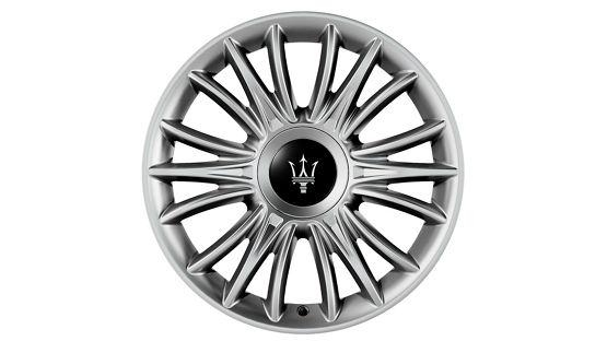 """Maserati Quattroporte Reifen: TRITONE Durchmesser: 19"""" Vorderreifen: 245/45 R19 Hinterreifen: 275/40 R19"""