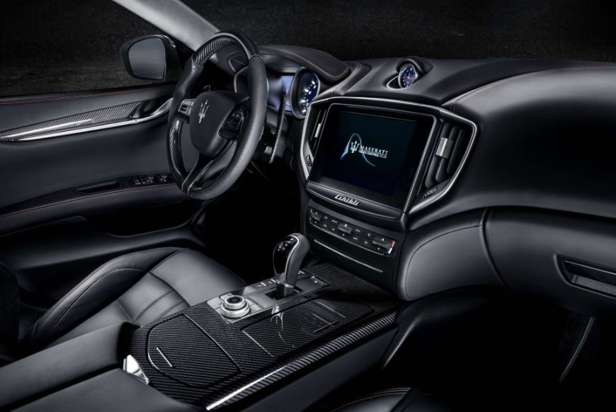 2018 Maserati Ghibli GranSport Dashboard Interior