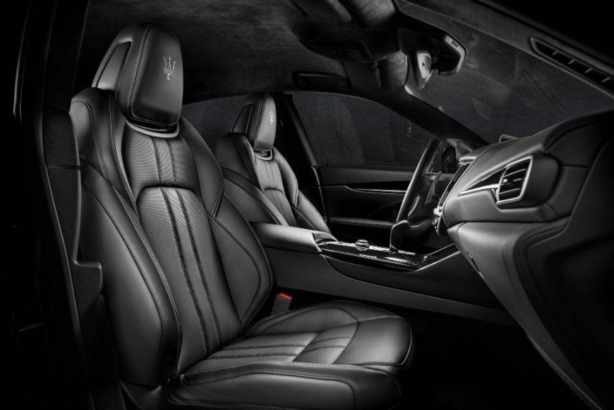 2018 Maserati Levante GranSport Front Seats