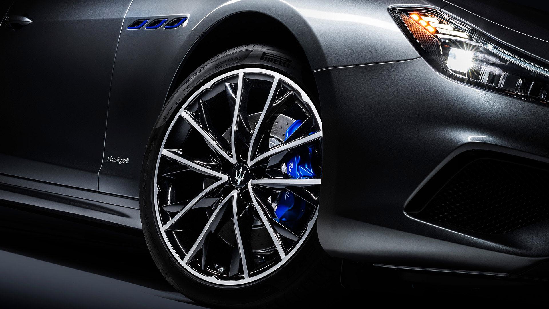 Maserati GranSport Felgen und blauer Bremssattel
