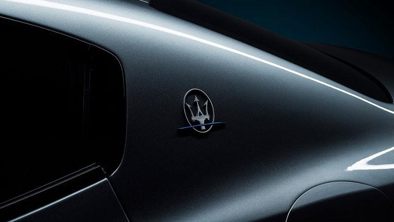 Neue Maserati Executive-Ausstattung: Exterieur - Dreizack-Logo