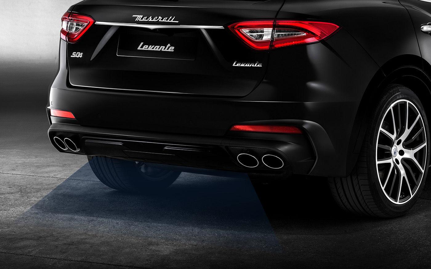 Maserati Levante VUS - Pot d'échappement et coffre électrique