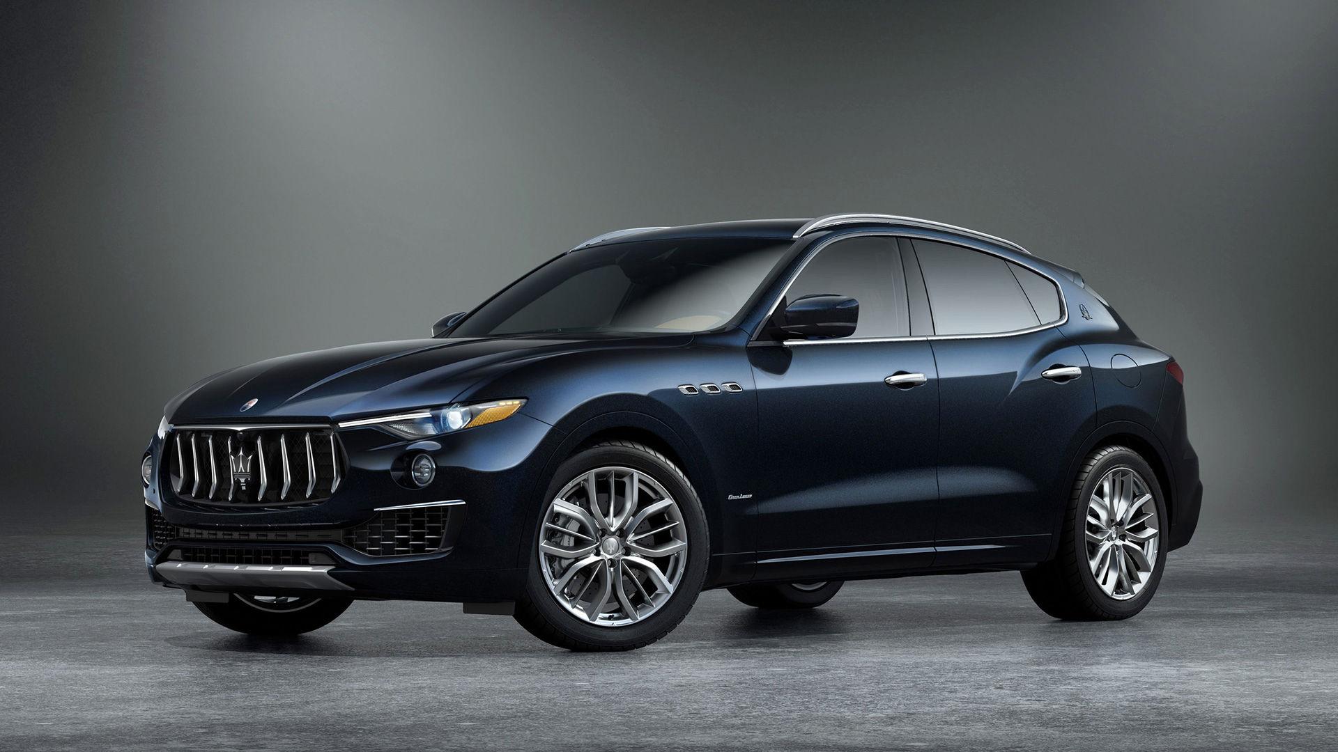 Maserati Levante - Edizione Nobile - Side view