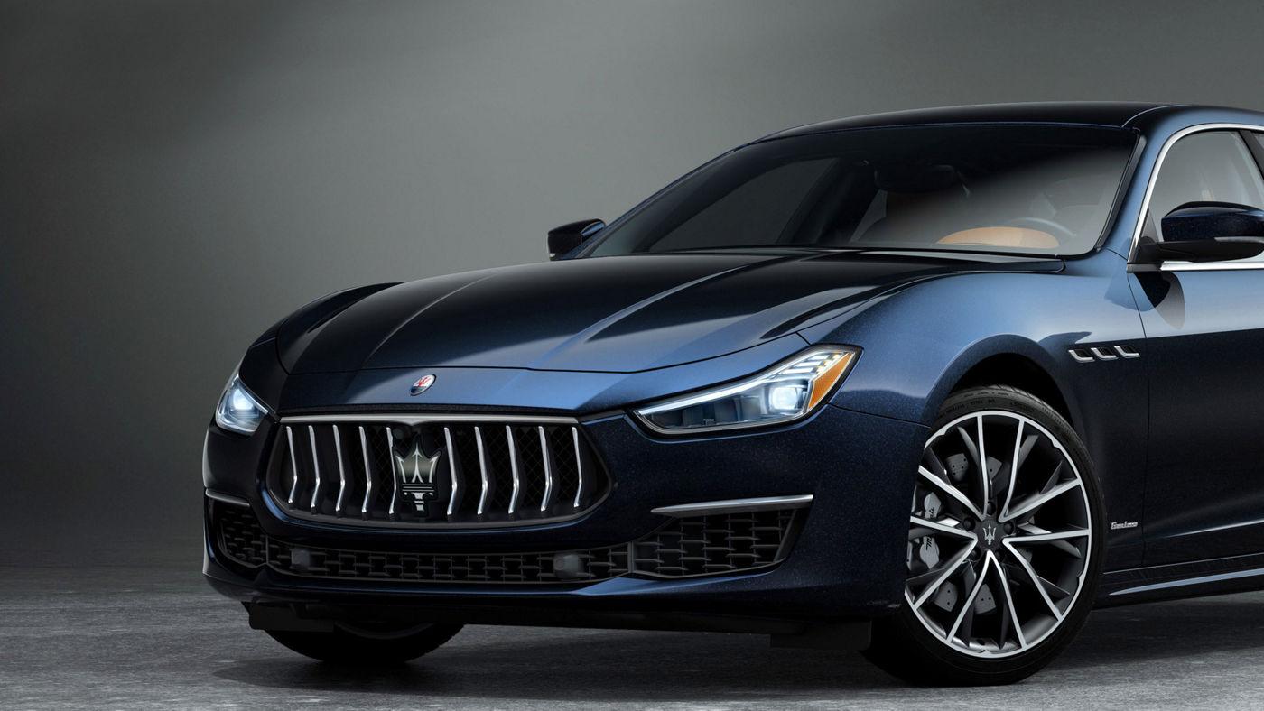Maserati Ghibli Edizione Nobile - exterior detail - Teseo rims with silver brake callipers