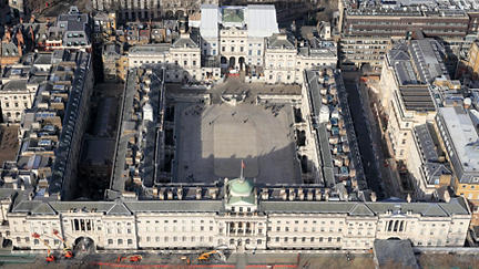 Restoration of a masterpiece: cleaning Somerset House