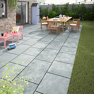 Dakota Dark Grey Matt Glazed Outdoor Porcelain Tile 600 x 600mm