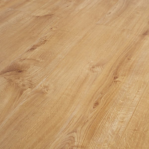 Wickes Venezia Oak Laminate Flooring - 1.48m2 Pack