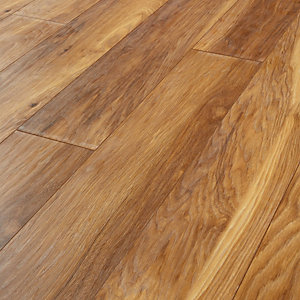 Wickes Madera Light Hickory Laminate Flooring - 1.73m2 Pack