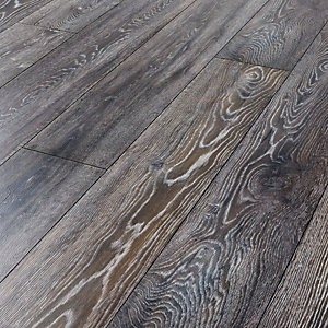 Kronospan Bedrock Oak Laminate Flooring - 2.22m2 Pack