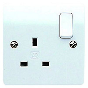 MK 13A Switched Single Plug Socket - White