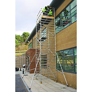 BoSS Clima 3T Access Tower 1.45m (W) x 1.8m (L) 5.7m Platform Height