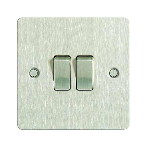 Wickes 10A Light Switch 2 Gang 2 Way