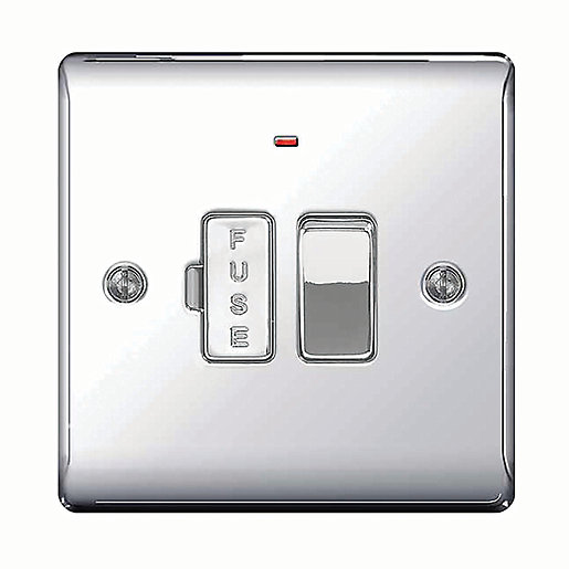 Wickes 13A Switched Fused Socket + LED Screwed