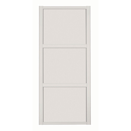 Spacepro 3 Panel Shaker Cashmere Frame Cashmere Door