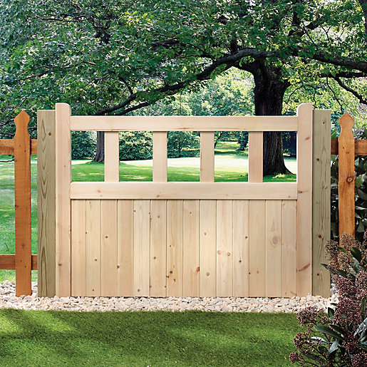 Wickes Timber Cut Out Top Timber Gate Kit