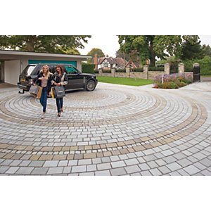 Marshalls Fairstone Natural Stone Set Driveway Block Paving - Silver Birch 7.8 m2