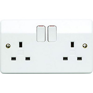 MK 13A Double Pole Twin Switched Socket  - White Pack of 5