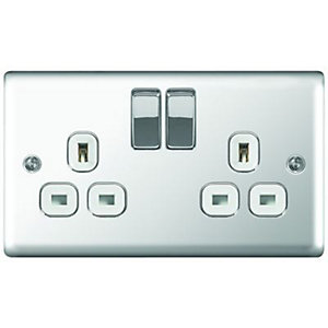 Wickes 13A Raised Plate Twin Switched Socket - Polished Silver