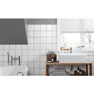 Wickes White Ceramic Wall Tile - 150 x 150mm