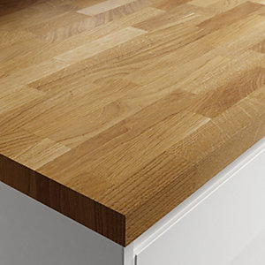 Wickes Solid Wood Worktop - Natural Oak 600 x 38mm x 3m
