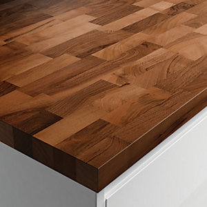 Wickes Solid Wood Worktop - Walnut 600 x 40mm x 3m