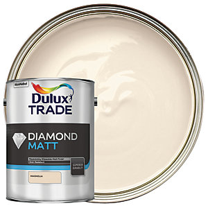 Dulux Trade Diamond Matt Emulsion Paint - Magnolia 5L