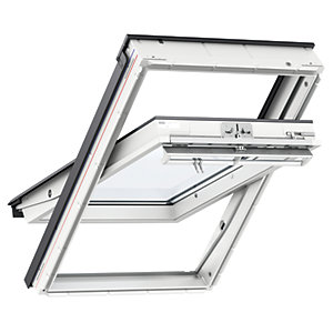 VELUX Pine Centre Pivot Roof Window GGL 3050