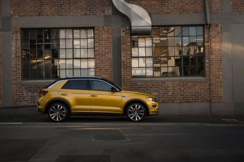 Man sits in T-Roc